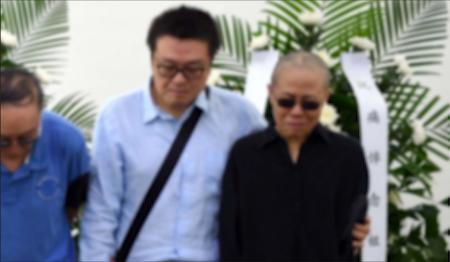 20170716 Funeral news pix 03 - closeup