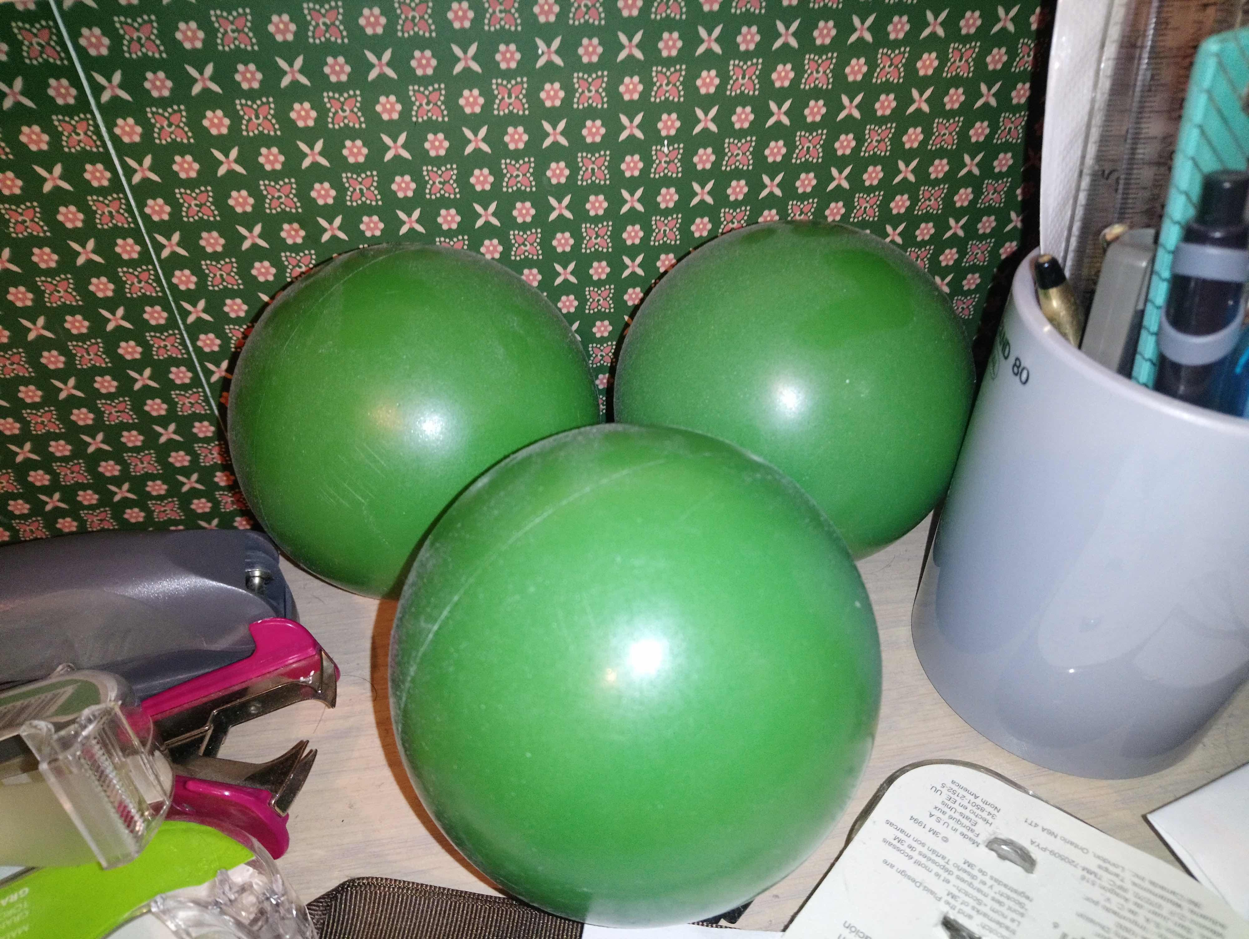 Green Balls from Play | Alexander Ekman & Ballet de l'Opéra de Paris | Palais Garnier 2017